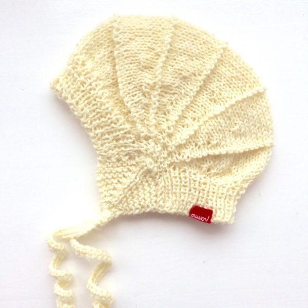 bonnet cream-white